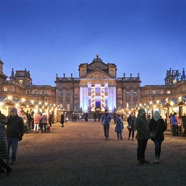 Blenheim Palace: After Dark Illuminated Trail