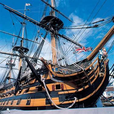 Maritime Portsmouth & Historic Houses of Hampshire