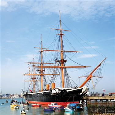 Maritime Portsmouth & Historic House of Hampshire