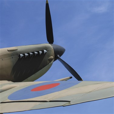 Spitfires & Steam on the Scenic Solent In Spring