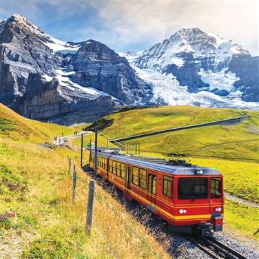 Winter Wonderland on Swiss Glacier Express 2022