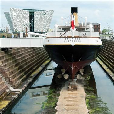 Belfast: Titanic Experience & Giants Causeway