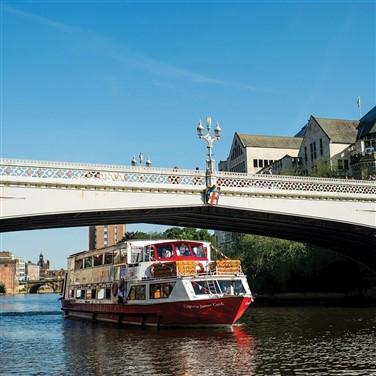 York Explorer & Boat Cruise 2022